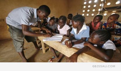 Sala de aula em guiné-bissau