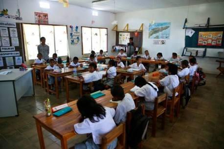 escola em timor