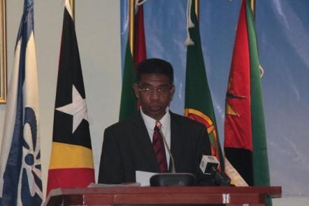 6 Dr. Antonio da Conceição, Ministro da Educação de Timor-Leste